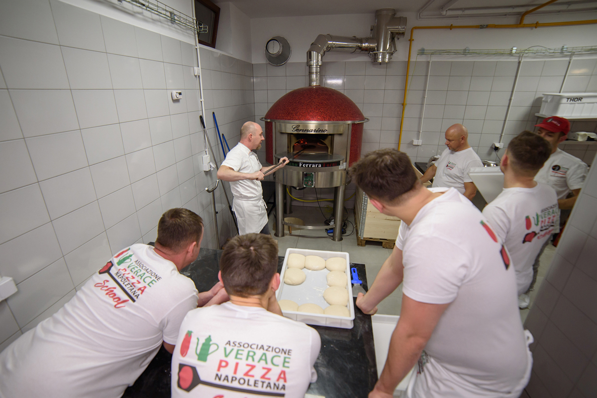 The True Neapolitan Pizza in Poland: an interview with Ewelina Przygocka, the director of AVPN School -