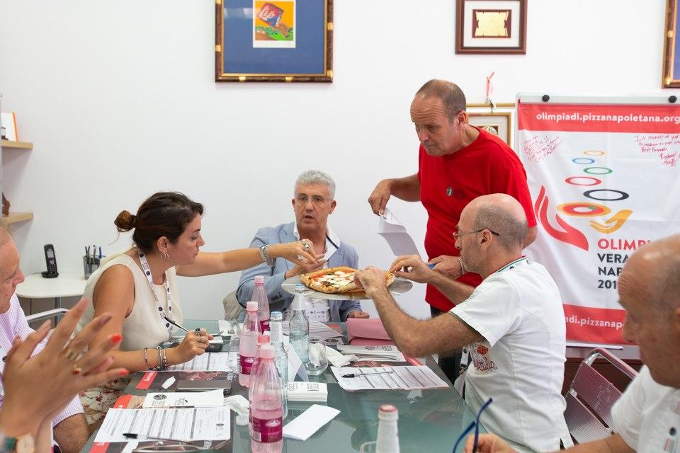 Vera Pizza Napoletana, Mastunicola e Pizza Gourmet, le tre discipline protagoniste della seconda giornata di gara