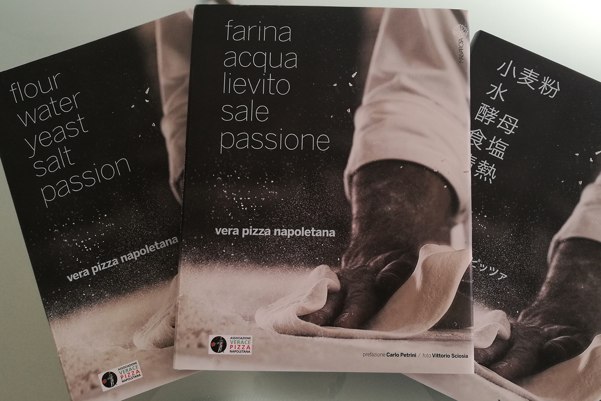 """Flour, Water, Yeast, Salt and Passion"" is now available in italian, english and japanese"