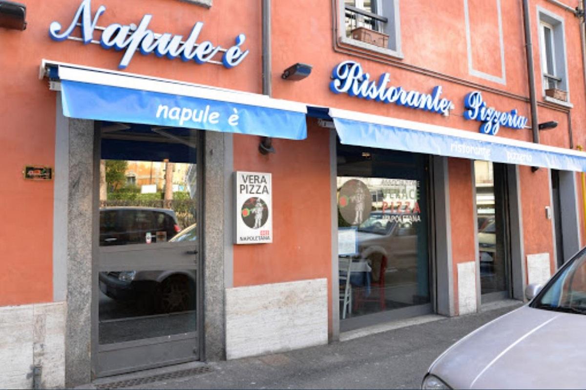 Pizzeria: Napule è Dottesio