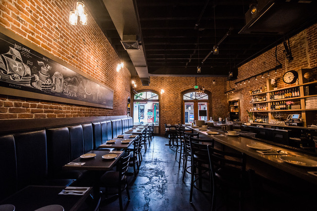 Pizzeria: Brick Fire Tavern