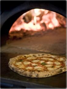 Pizzeria: Ah' Pizz