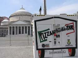 PIZZA NAPOLETANA IN TOUR - NAPOLI, MARATONA 2006
