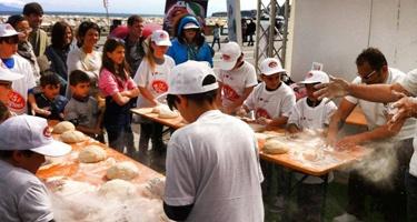 Piazza Dante, il più grande laboratorio didattico sulla Pizza