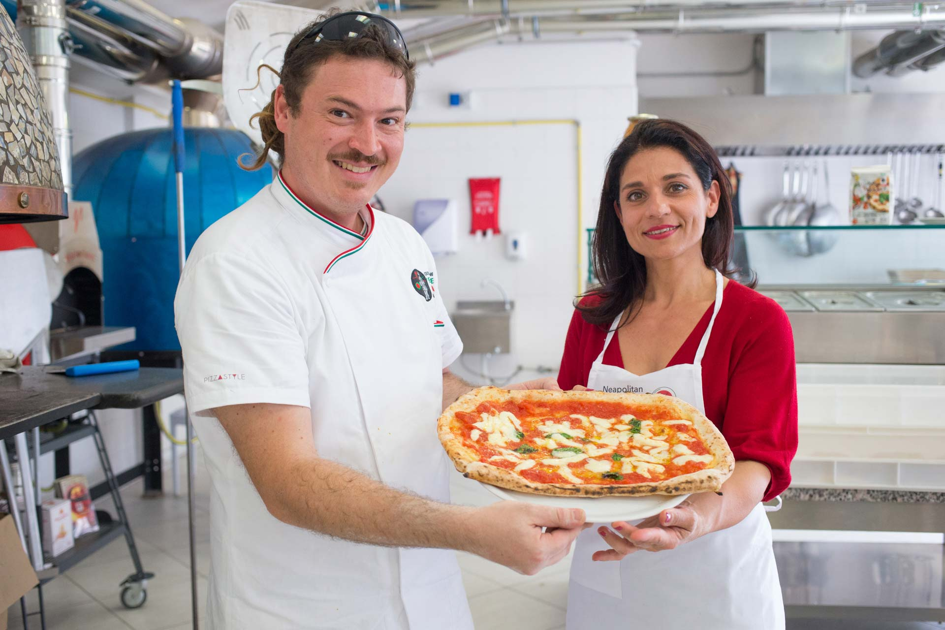 AVPN - Pizzaiolo per un giorno - Pizza cotta nel forno a legna